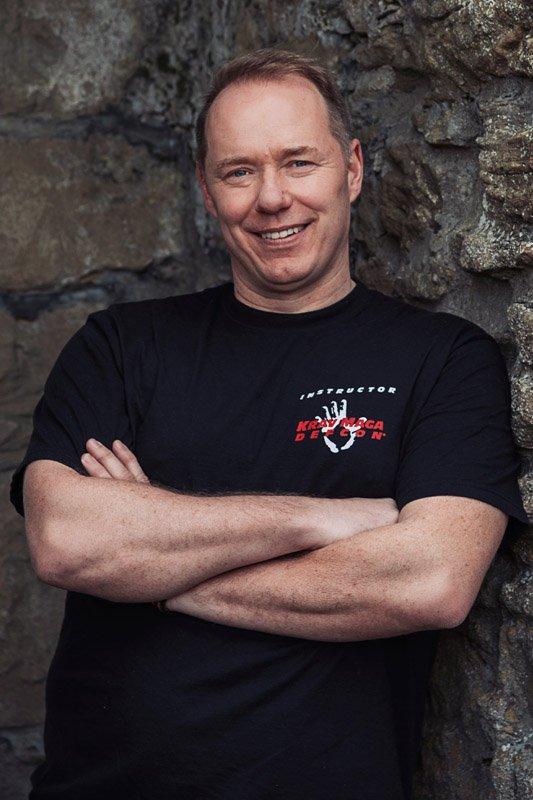 Colin Lesch (Instruktor)
